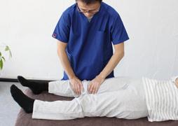 膝の痛みに対するオステオパシー
